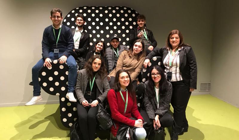 Gli studenti della v liceo del de sanctis di lacedonia for Composizione del parlamento italiano oggi
